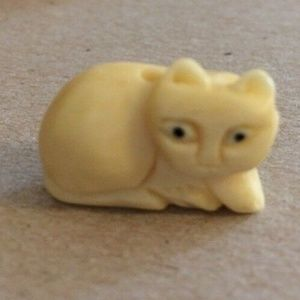 Hand Carved Cat Beads